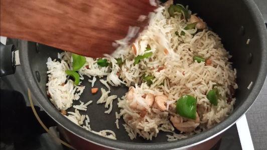easy prawn fried rice