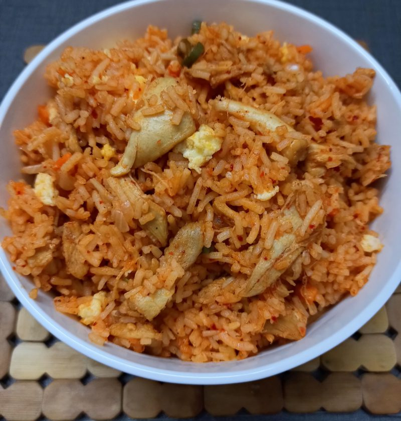 schezwan fried rice chicken