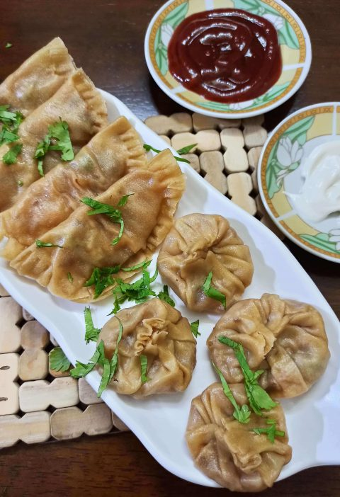 veg momos with wheat flour