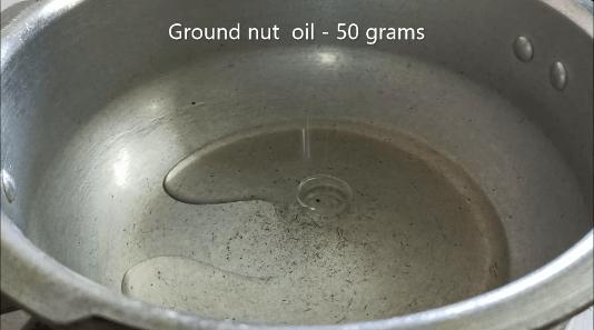 veg biryani in cooker